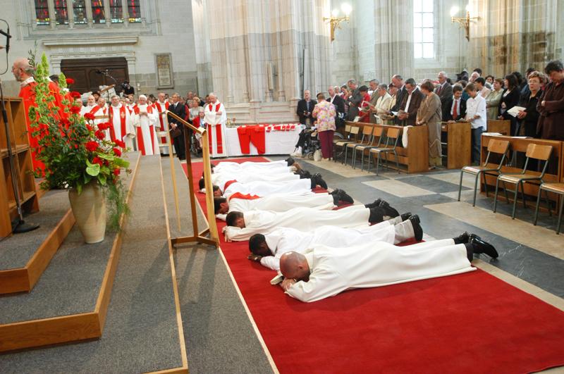Ordinations © Communauté de l'Emmanuel 2013