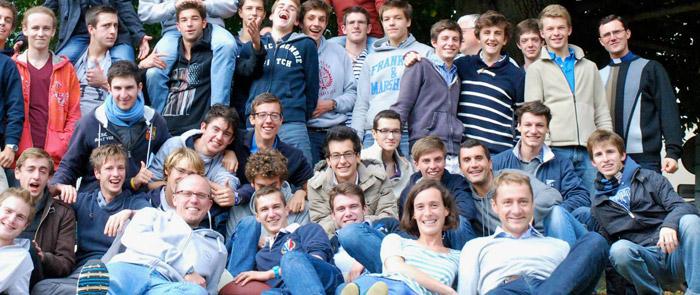 Foyers étudiants © Communauté de l'Emmanuel 2013