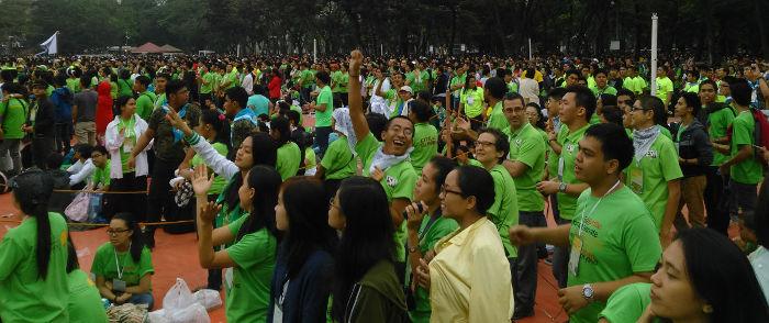 Manille avec le pape © Communauté de l'Emmanuel