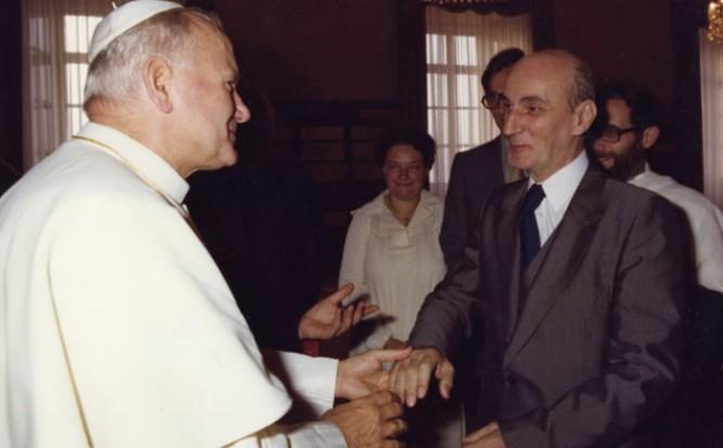 Après l'audience de Jean-Paul II pendant le Synode sur la famille, octobre 1980