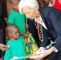 La directrice du FMI visite un centre Fidesco