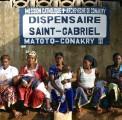 En Guinée-Conakry, François Hollande rencontre les volontaires Fidesco