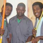 Les élèves électriciens © Communauté de l'Emmanuel