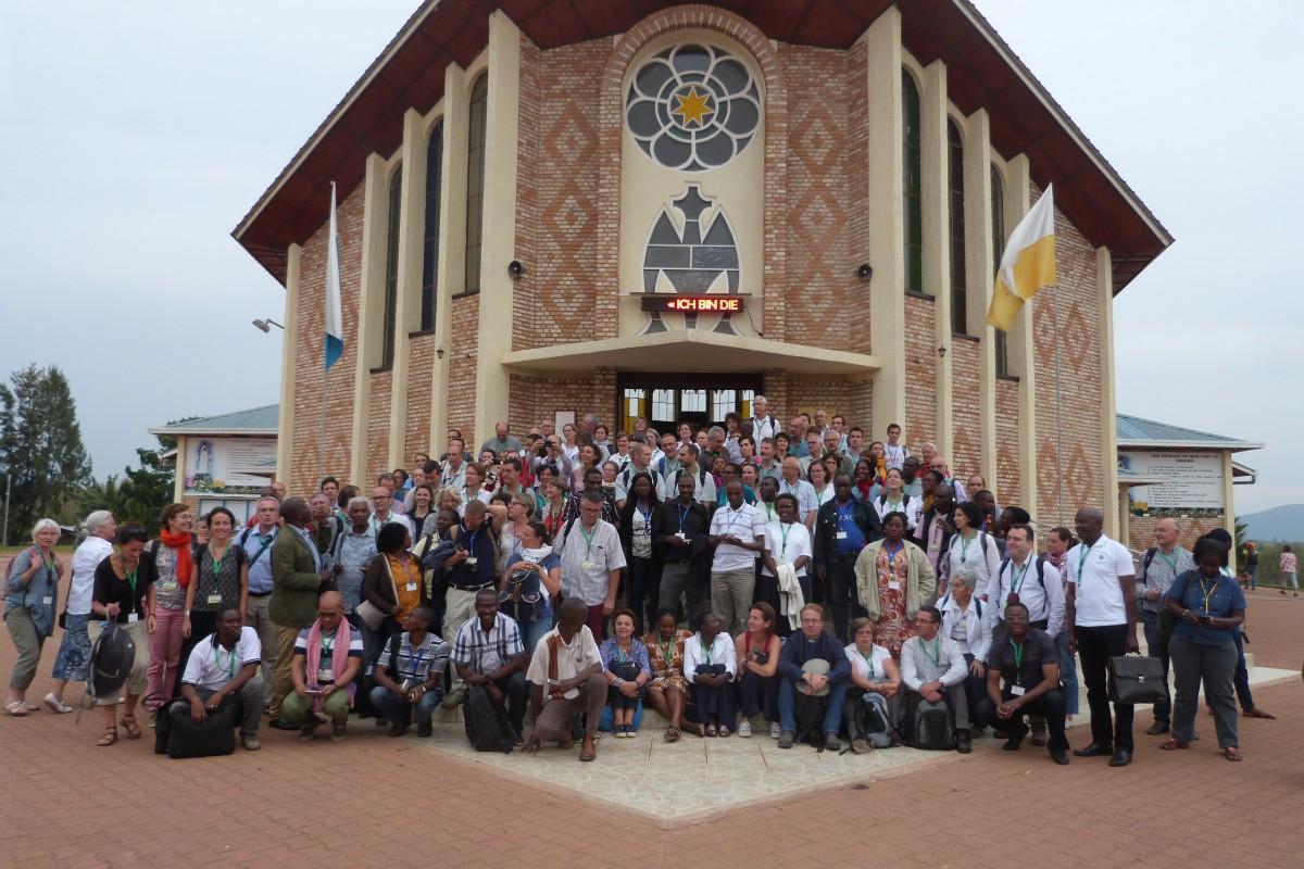 Les participants de la session internationale à Kibeho
