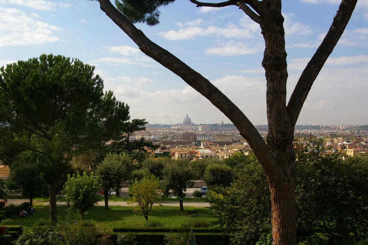 Vue sur Rome depuis la Trinité des Monts.