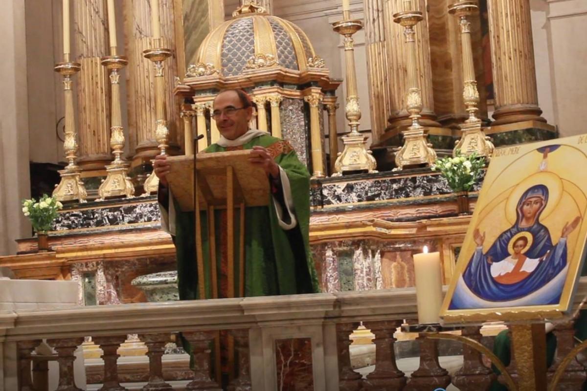 Mgr Barbarin préside la messe d'installation, le 13 novembre 2016.