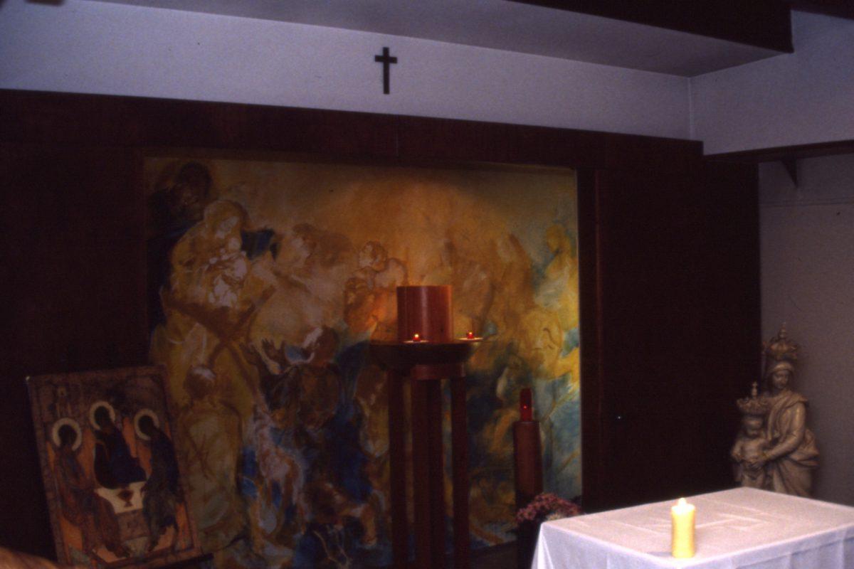 Le tabernacle, l'autel et la fresque de la grande chapelle – 1998