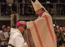 """Hermann Glettler ordonné évêque en Autriche. """"Allez, guérissez et proclamez !"""""""