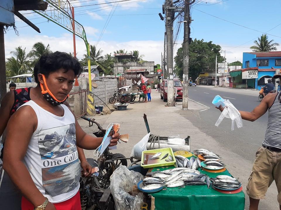 Asia Fish vendors get masks