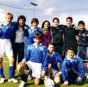 Photo de Carlo Acutis avec son équipe de foot.  ©http://www.carloacutis.com/